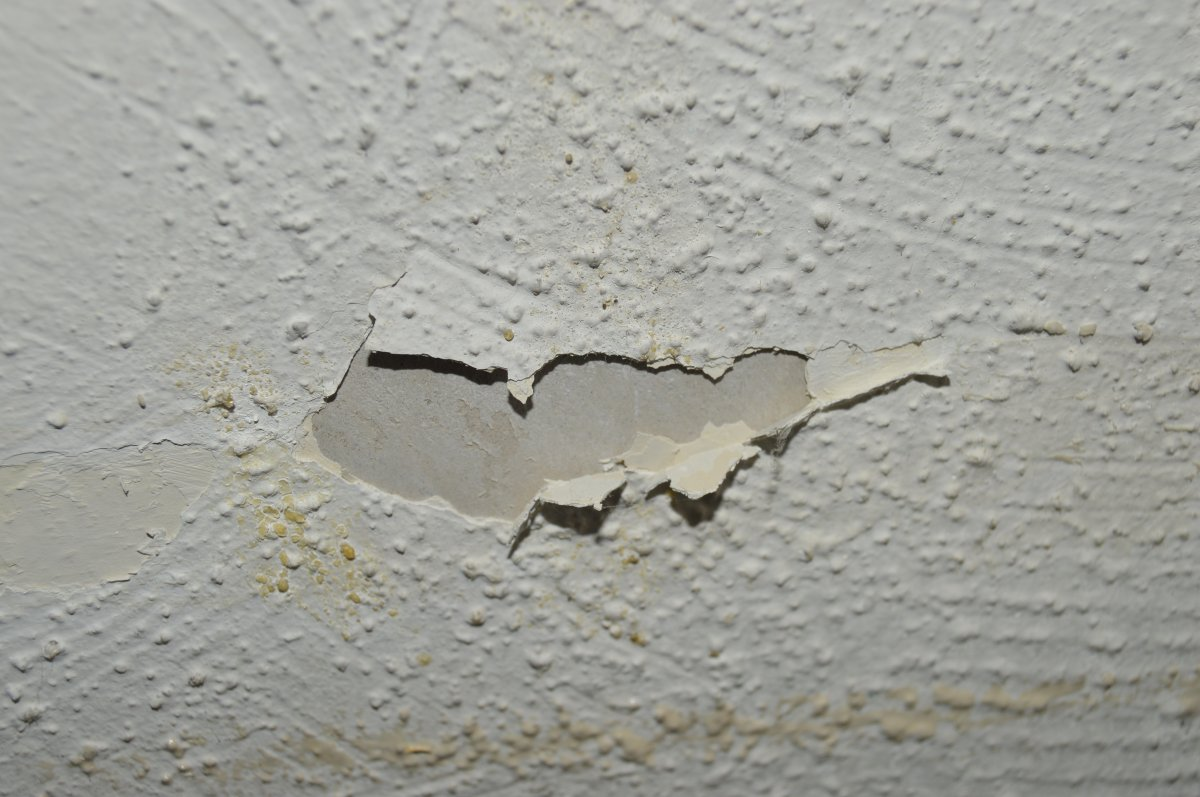 Textured Ceiling Best Way To Make It Smooth Diynot Forums