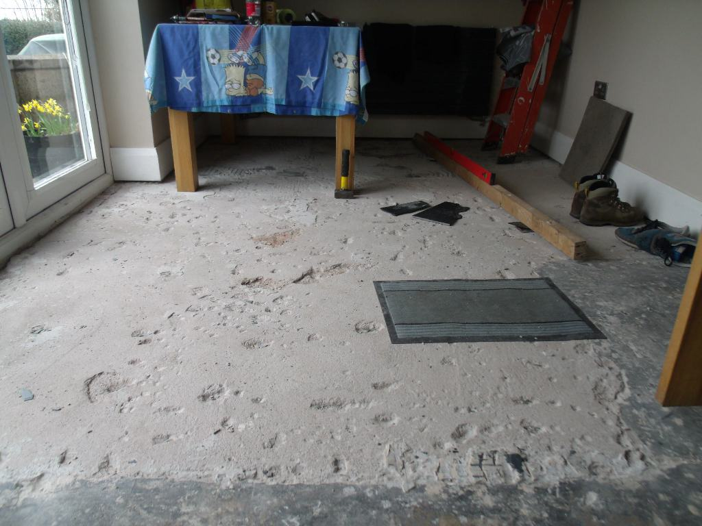 Concrete Self Leveling Floor Compound : Levelling compound over concrete floor diynot forums
