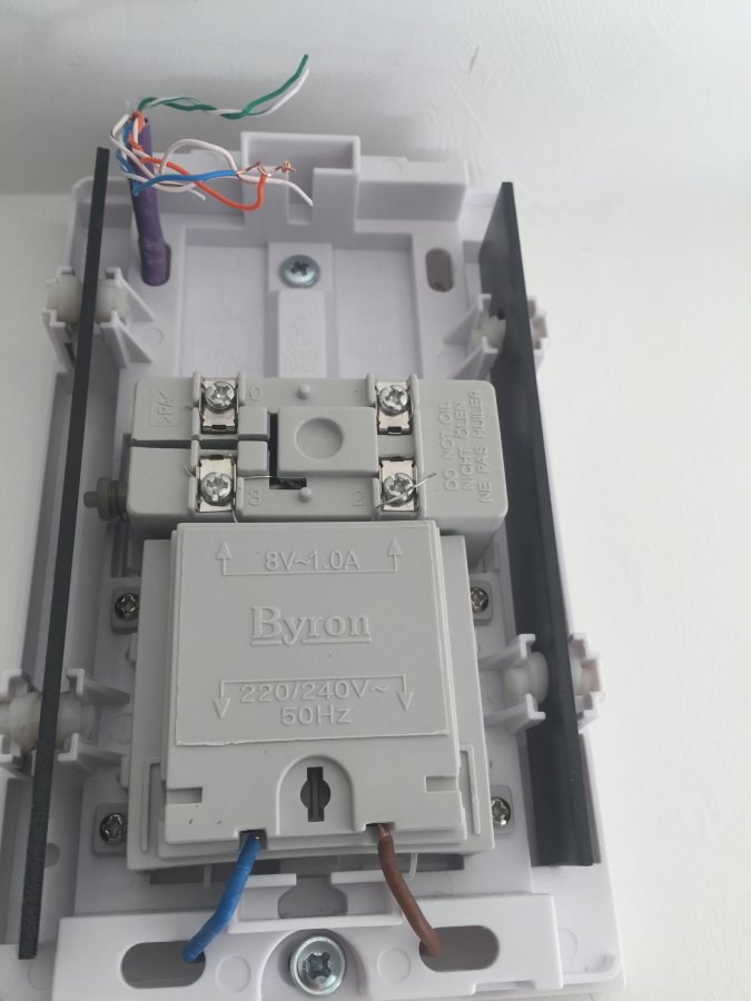 one on wiring diagram doorbell two chimes bell    wiring    question diynot forums  bell    wiring    question diynot forums
