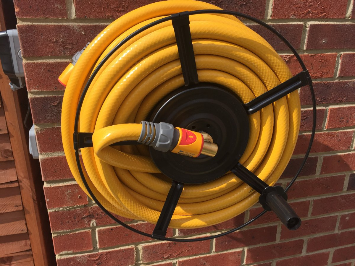 How to stop hose kinking on reel... | DIYnot Forums
