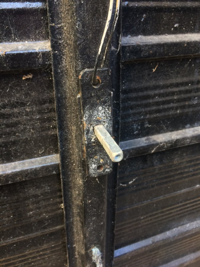 Replacing A Garage Door Lock Diynot Forums