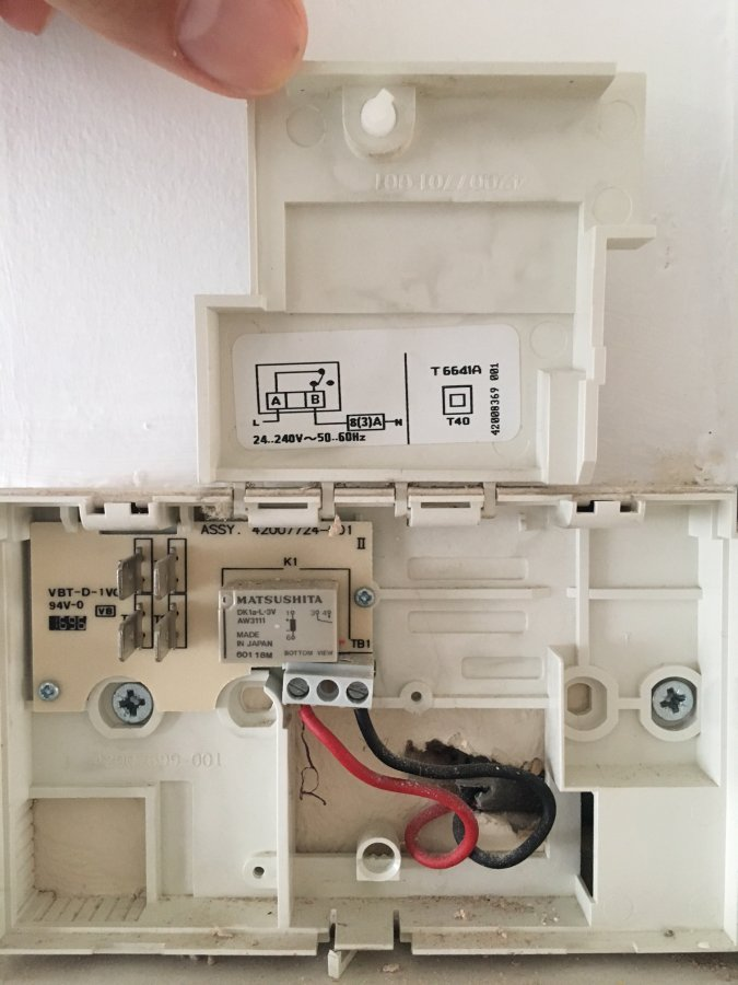 Help Replace Old Honeywell Thermostat With Hive 1