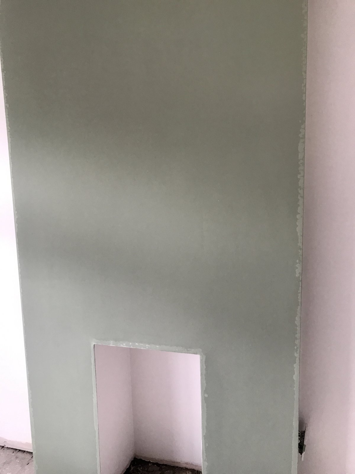 Paint problem on newly plastered wall