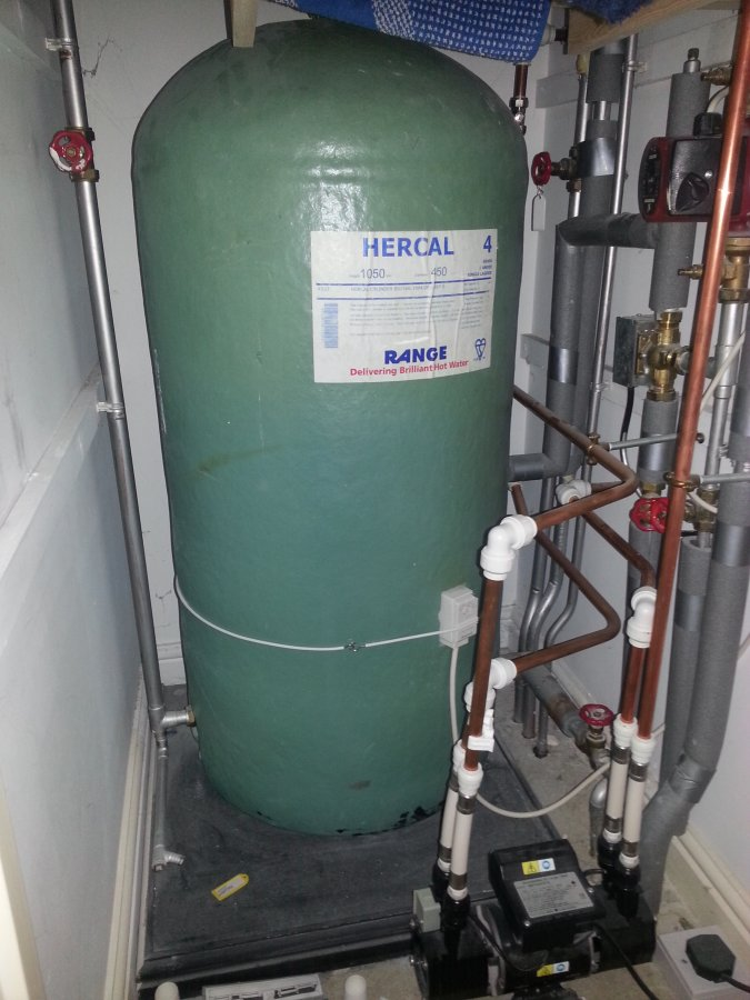 Help Drain Airing Cupboard Hot Water Tank Diynot Forums