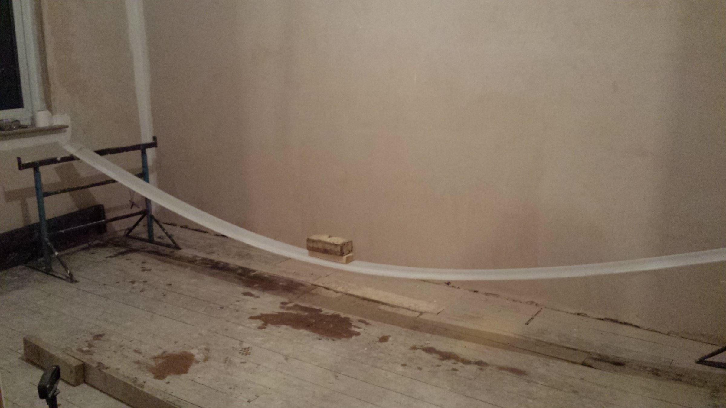 Skirting in curved bay window diynot forums for Curved bay window