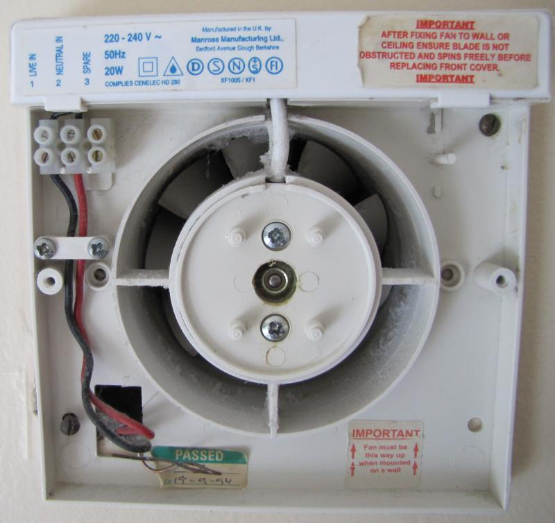 full switched live bathroom extractor fan diynot forums manrose extractor fan wiring diagram at edmiracle.co