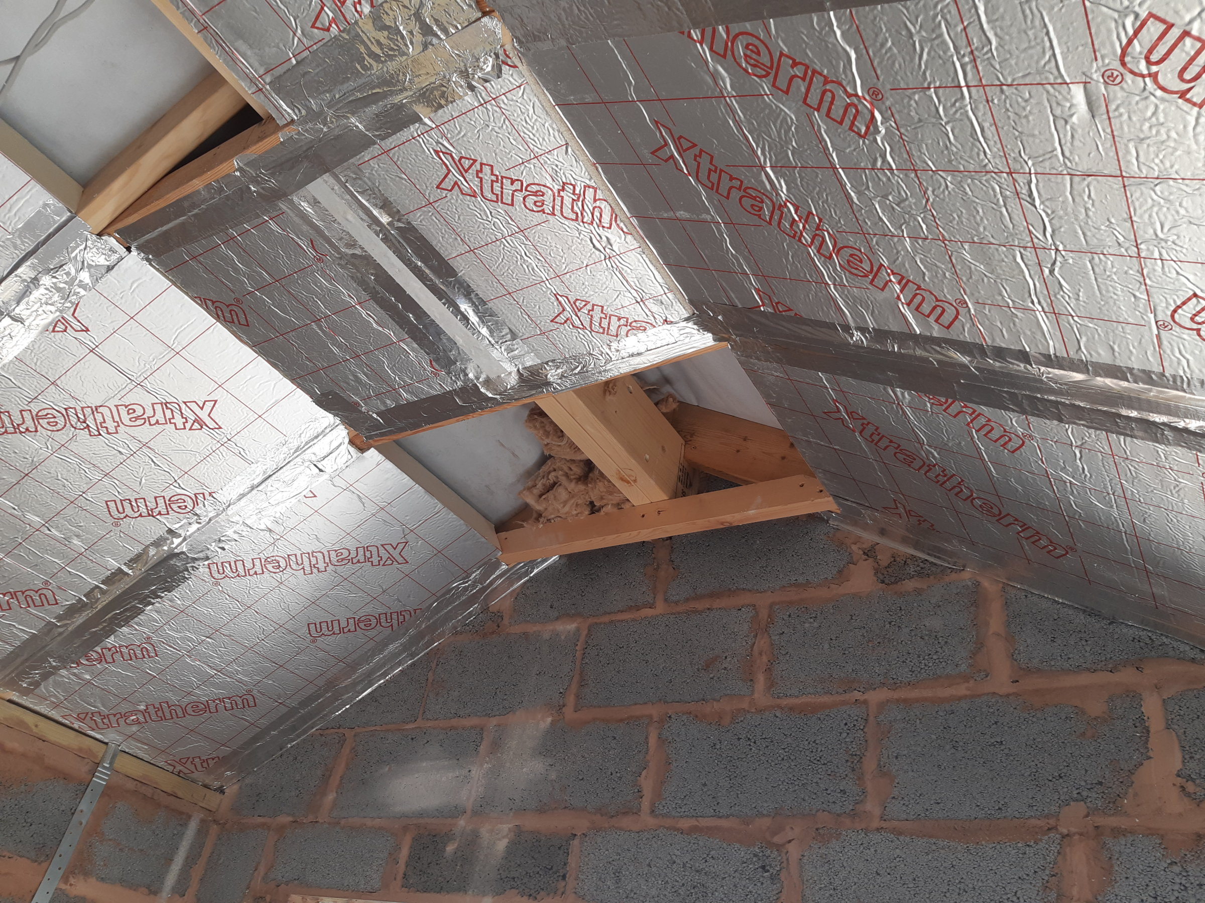 Do I Need To Put Foil Tape On Rafters Between Roof
