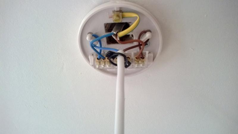 Help New Light Fitting Extra Wires Diynot Forums
