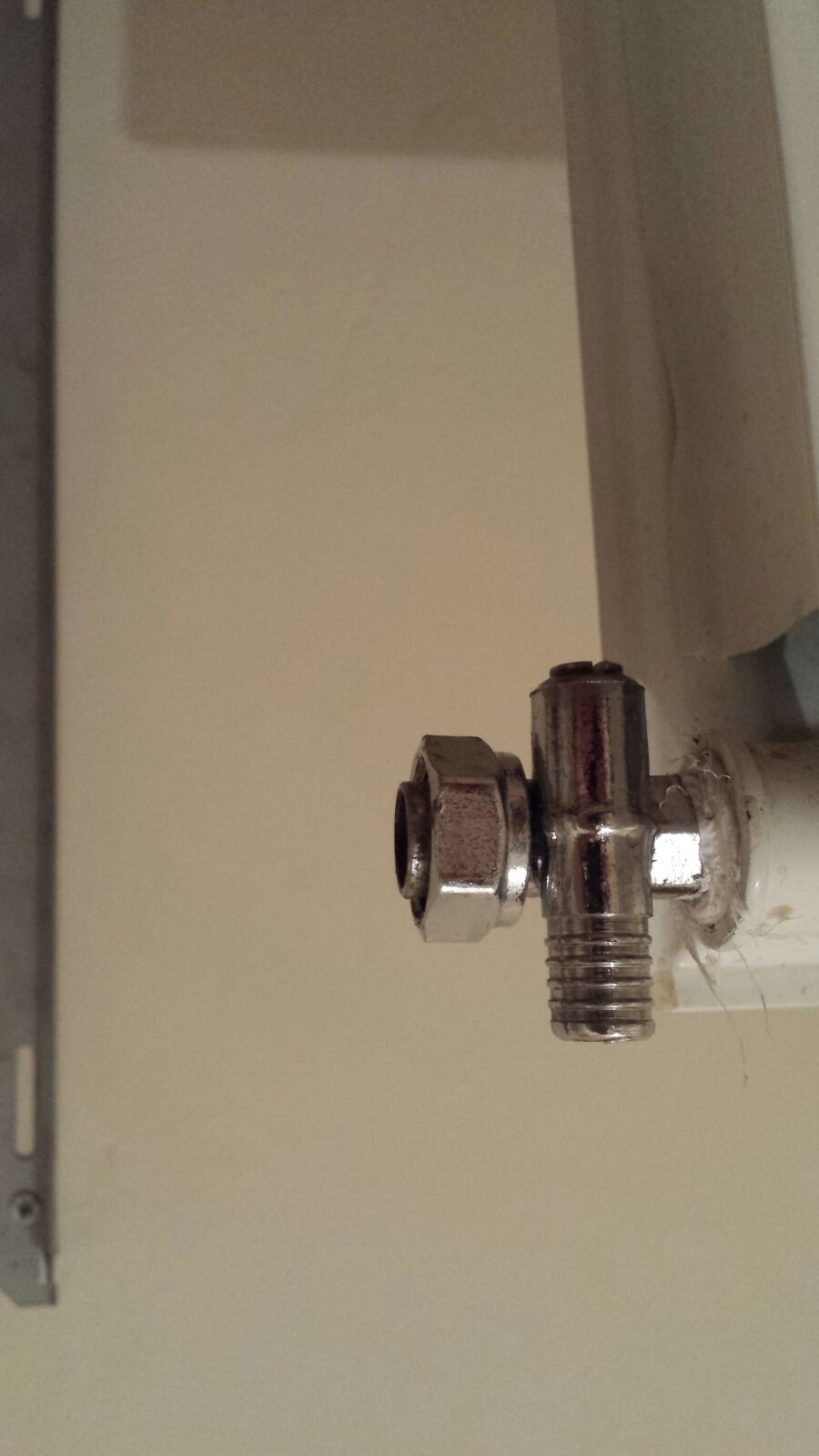 how to fix a leaking radiator drain valve