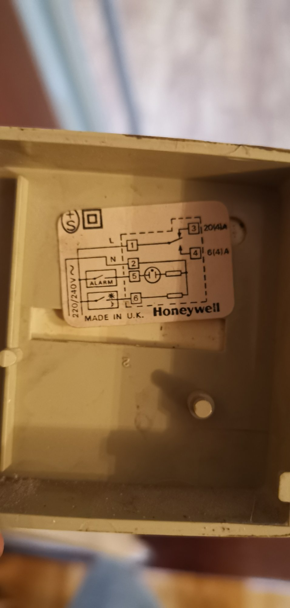 Bridging Thermostat Ready For Hive