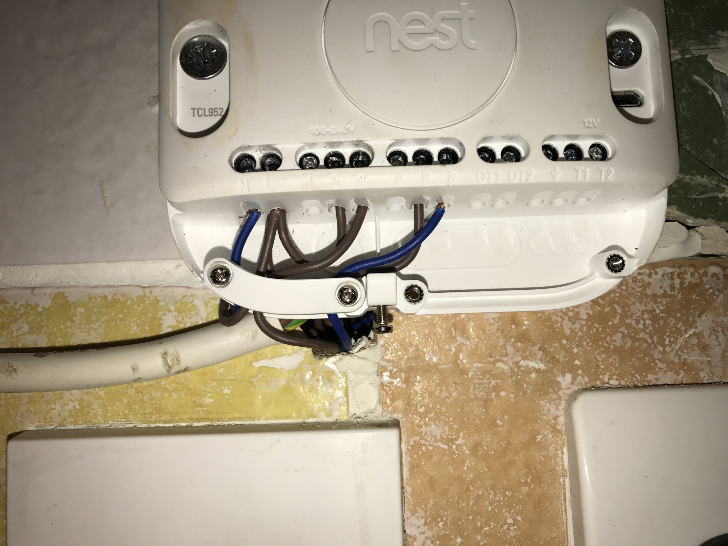Nest 3rd Generation Installation 240v Diynot Forums Mains Voltage Thermostat With 2 Wire Connection Earth Which Of The Cables Would I Use For T1 And T2 Rblueyellow On Both Ends Heatlink