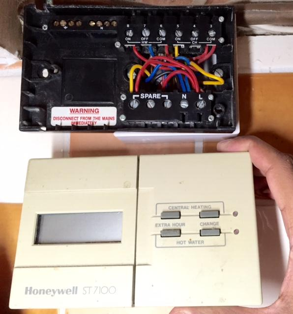 Wiring Diagram For Honeywell St7100 : Moneywell st diynot forums