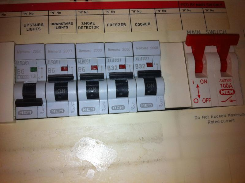 What To Do If Fuse Box Keeps Tripping : My fuse box trip and i can t untrip it diynot forums