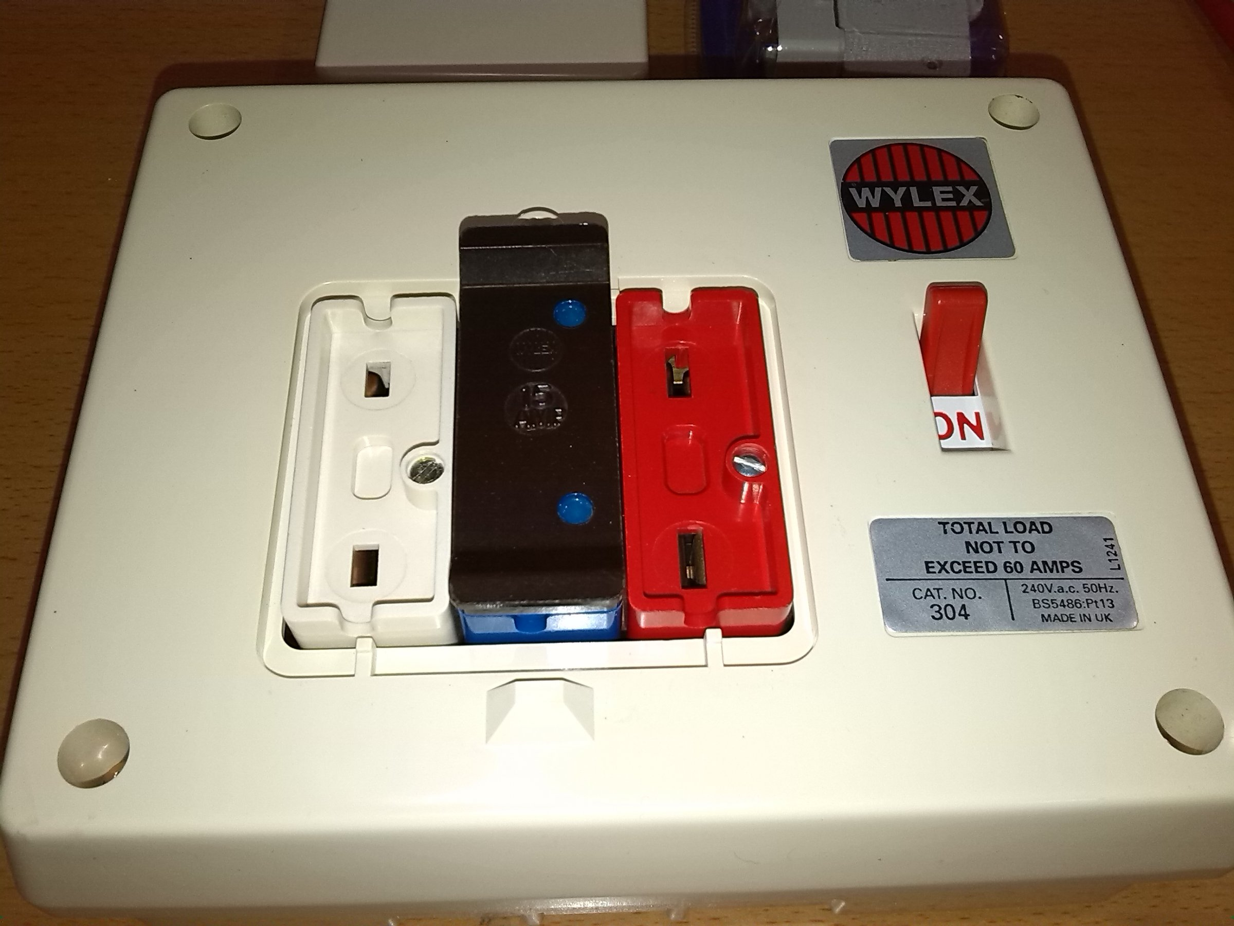 Wylex Fuse Box Just Another Wiring Data Old Style Fuses And Traditional Rewireable Fusebox Diynot Forums Basic Electrical Units These Are Pictures Of An Fashioned