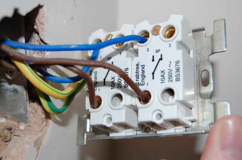 Help Required Fitting A 2 Gang Dimmer Diynot Forums