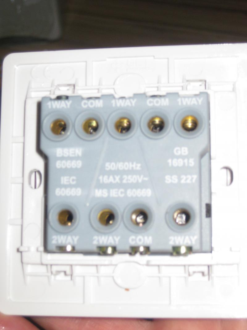 3 Gang 2 Way Switch Help Diynot Forums Switches