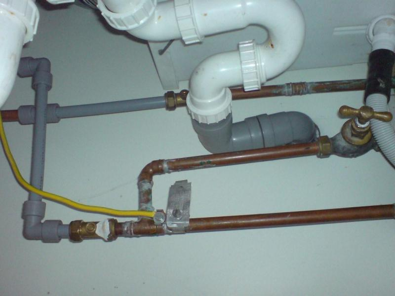 Which type of fitting on plastic water pipe diynot forums for Types of plastic water pipe