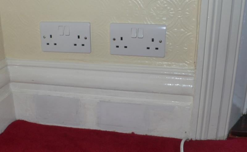 Astounding Quick Metal Fronted Sockets In Skirting Board Query Diynot Forums Wiring Digital Resources Aeocykbiperorg