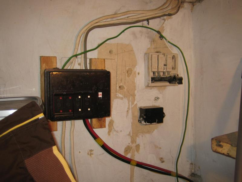 Do I just need a new consumer unit or a full rewire   DIYnot Forums