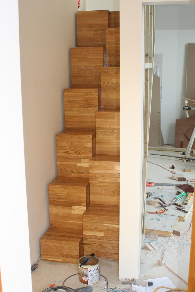 Alternating Space Saving Stairs Made From Oak Worksurface | DIYnot Forums