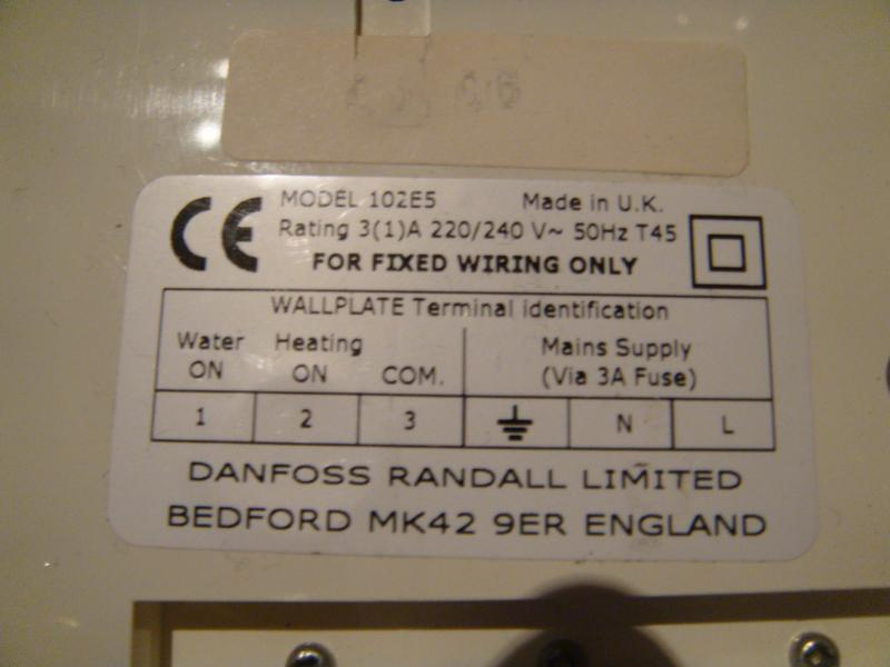 trying to wire a siemens wireless thermostat please help diynot rh diynot com Siemens Temperature Sensor Siemens Room Thermostats Commercial