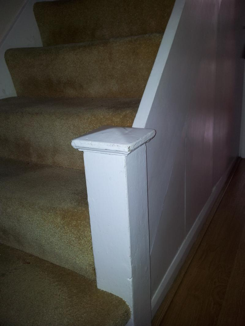 Stairs Joining Two Newel Bases Diynot Forums Common Light Fitting Problems Im Wondering If Its Possible To Attach Another Form Of Base It Thereby Extending The Height Ive Uploaded Some Photos Show Issue