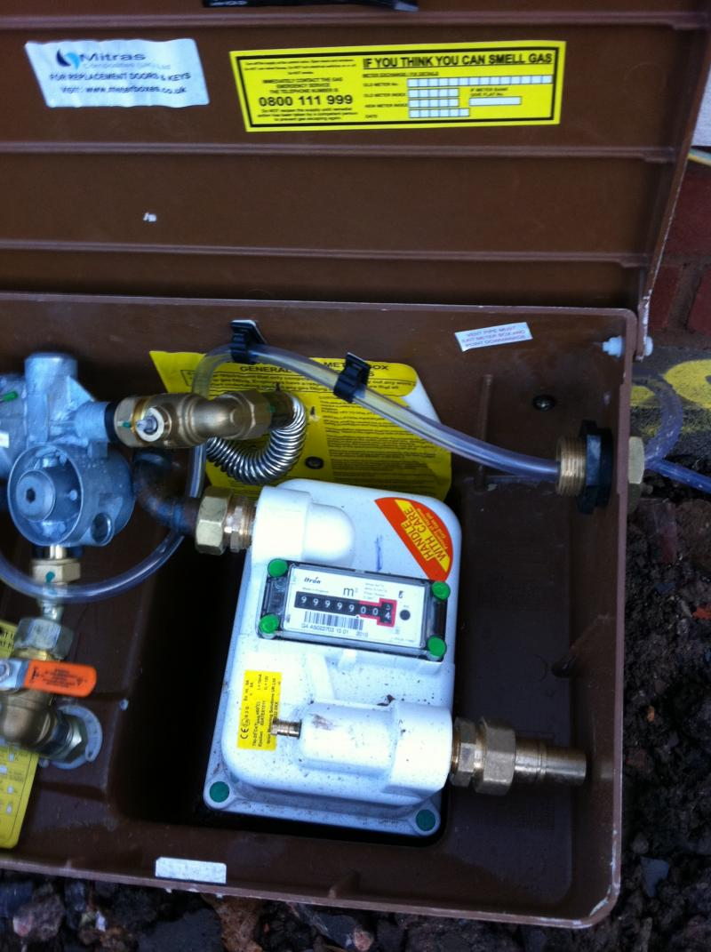 Medium Pressure Gas Meter - Bodged Installation | DIYnot ...