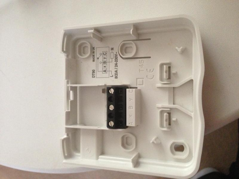 honeywell dt90e to worcester combi 30 si diynot forums rh diynot com Old Honeywell Thermostats Wiring Honeywell Thermostat Wiring Guide