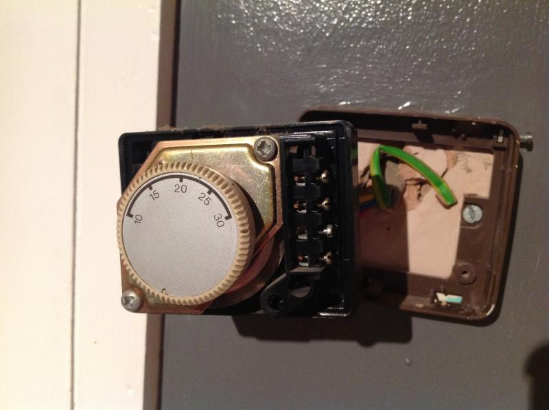 full replacing 4 wire thermostat with 2 wire thermostat diynot forums  at virtualis.co
