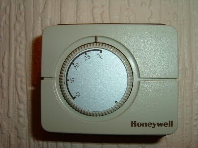 Replacing Old Honeywell Room Thermostat With T6360