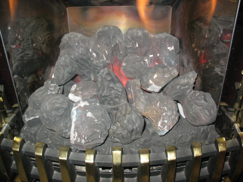 Gas fire coals on Potterton Housewarmer fire    DIYnot Forums