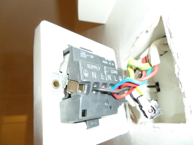 Help Needed With Bathroom Light Switch & Fan | DIYnot Forums