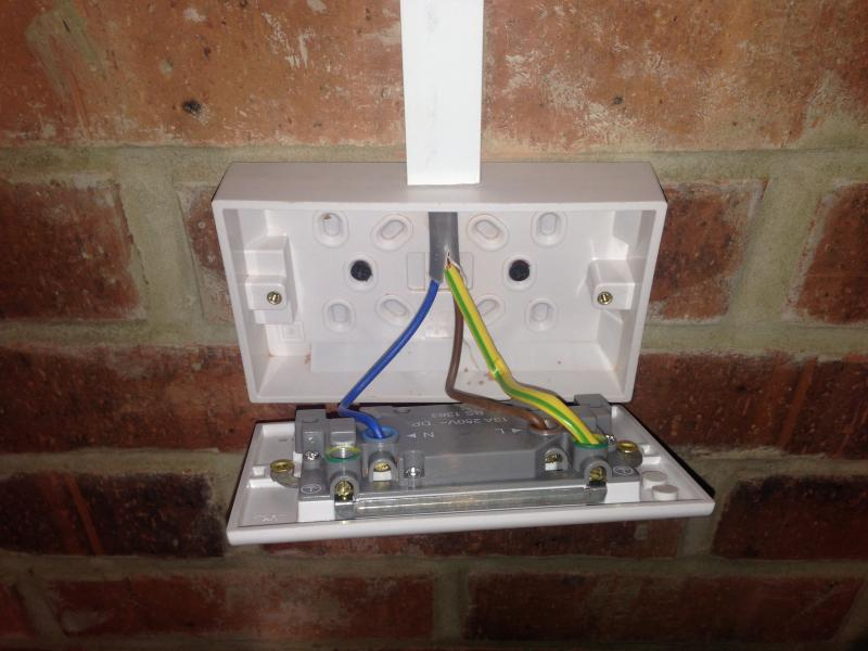 Wiring A Lighting Socket
