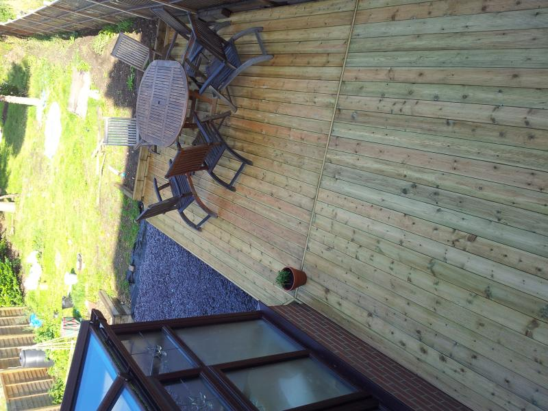 Decking Joints Staggered Or Seam Board Diynot Forums