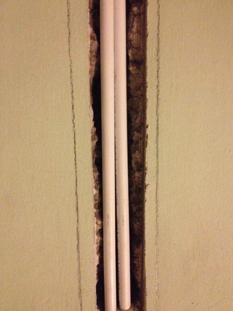 Covering up central heating pipes in wall | DIYnot Forums