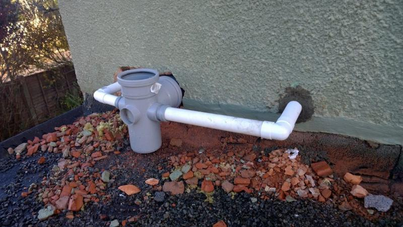 Install of soil vent pipe too far from wall diynot forums for 80mm soil vent pipe