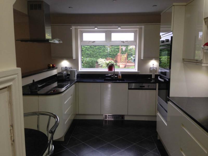 Would It Stop You Having A Ceiling Light Fitted In Your Kitchen If There  Was A Bath / Sink / WC In The Room Above For Example?