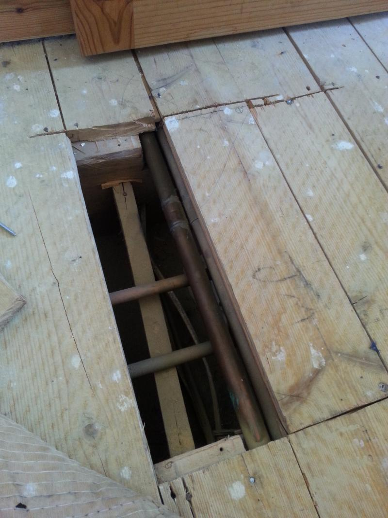 Floorboard Resting On Pipes Diynot Forums